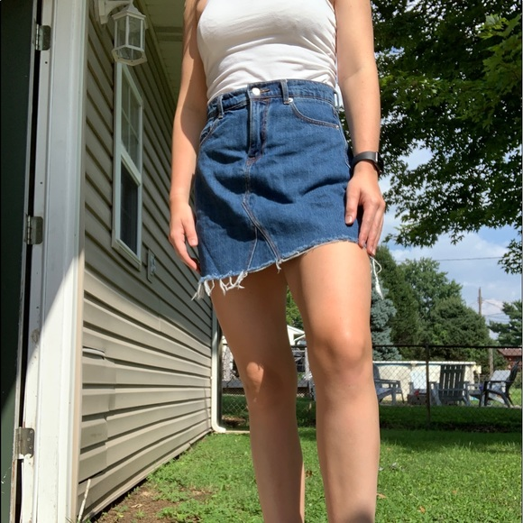 Old Navy Dresses & Skirts - only worn once denim skirt !